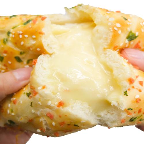 葱香鸡蛋肉松面包爆浆香松奶油沙拉酱夹心零食卷早餐