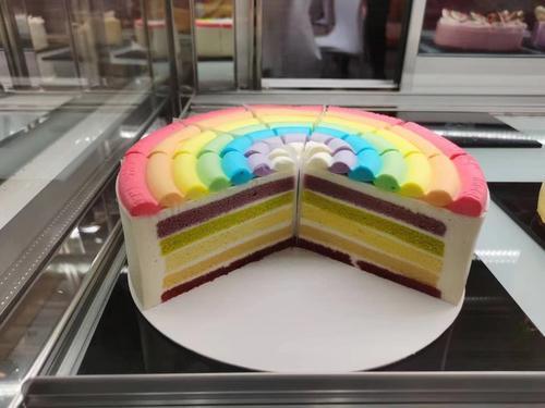 彩虹慕斯蛋糕-冷冻成品