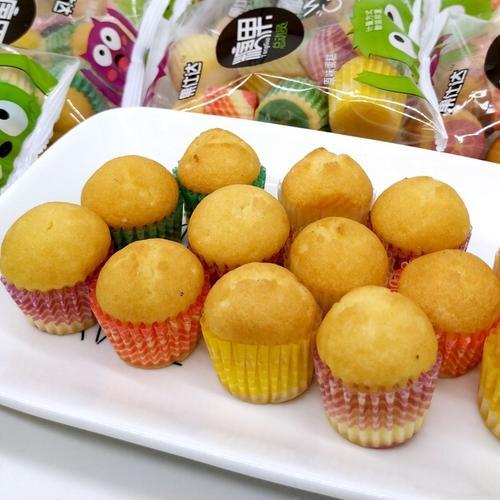 迷你糖果小蛋糕好吃的小孩儿童网红休闲小零食糕点面包点心一整箱