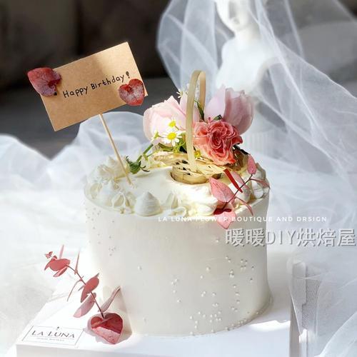 蛋糕装饰迷你小花篮 竹篮蛋糕摆饰摆件 森系清新牛皮纸花朵插牌