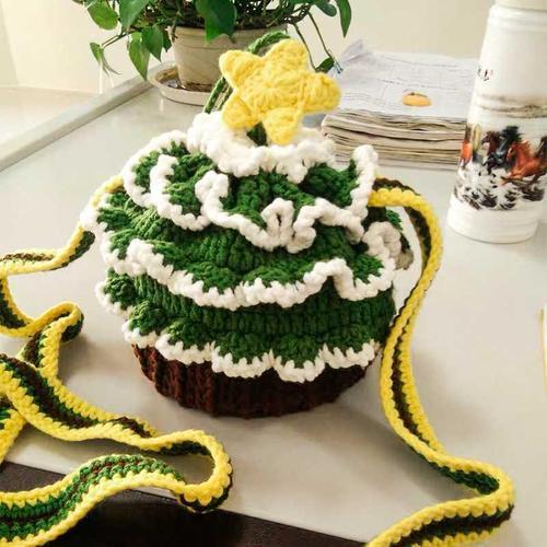 纸杯草莓蛋糕包钩针编织手工制作diy可爱毛线钩针材料