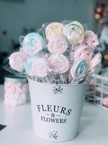 马林糖蛋白糖玫瑰形状蛋糕装饰 棒棒糖 七夕节礼物 网红糖果