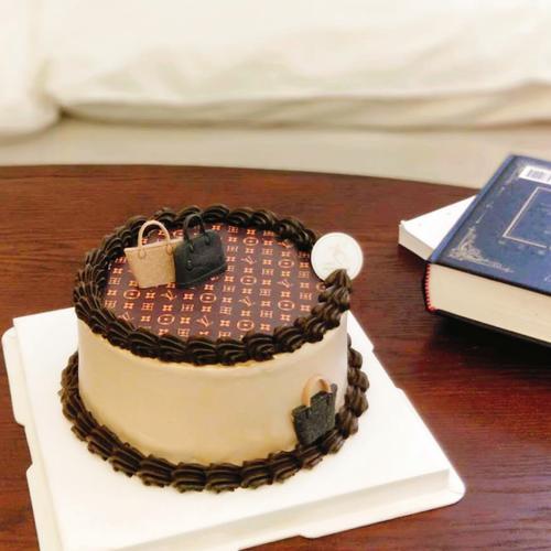 【小红书特推】lv老花奶油蛋糕