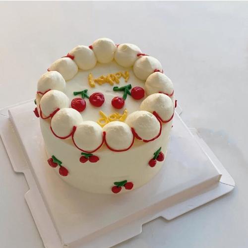 小樱桃4英寸蛋糕