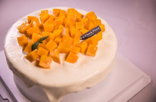 芒果爆浆蛋糕