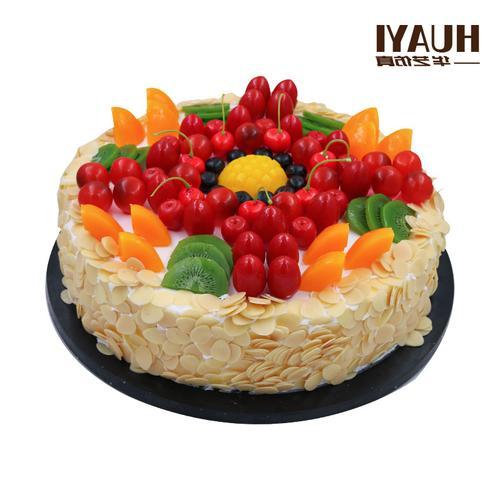 热卖的2020网红蛋糕模型新款流行生日橱窗摆设塑胶14寸样品水果蛋