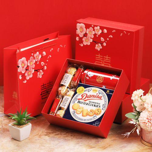 创意中国风喜糖礼盒装成品含糖果伴手礼结婚女伴娘
